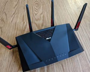 Asus ac88u gaming router like new for Sale in West Sacramento, CA