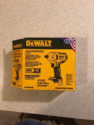 "DeWALT 1/2"" (13 mm) MID-RANGE Impact WRENCH for Sale in Federal Way, WA"