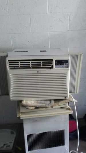 Samsung 10,000 BTU WINDOW AC for Sale in Chester, PA
