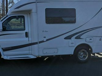 Wanting To Purchase R Vision Trail Lite B+ Motorhome or Similar Model for Sale in Orlando,  FL