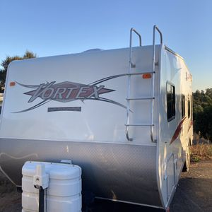 2009 vortex 23FS-TT for Sale in Escondido, CA
