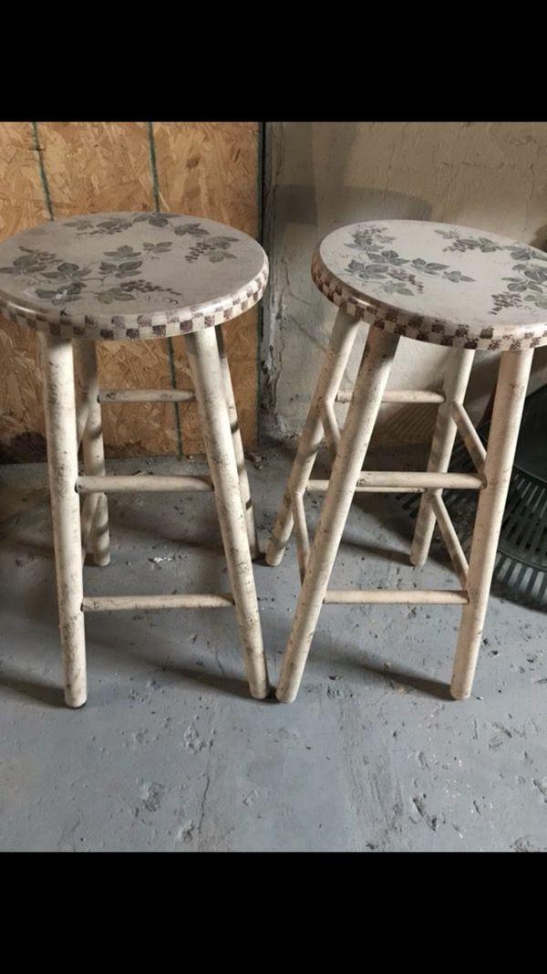 2 Decorative Stools