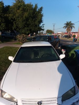 97 toyota Camry for Sale in Inglewood, CA
