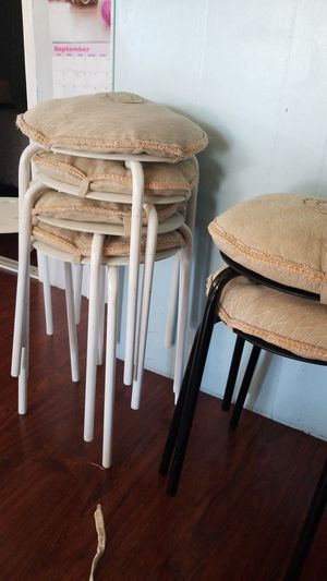 Lower bar stool for Sale in Montclair, CA