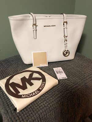 Michael Kors Jet Set Travel (Medium) for Sale in Wheaton, MD