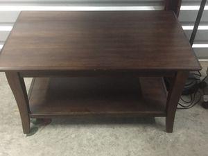 Ashley furniture coffee table for Sale in Dallas, TX