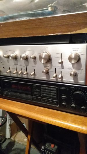 Pioneer stereo amplifier model number sa 9100 for Sale in Eastpointe, MI