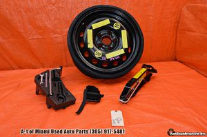 """2014 AUDI Q7 OEM 16"""" 195/75/18 DONUT SPARE TIRE VREDESTEIN JACK TOOLS KIT 07-15 for Sale in Hialeah, FL"""