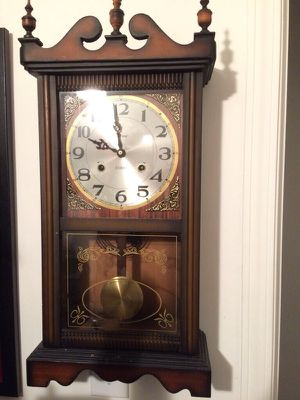 Antique clock 31day for Sale in Woodhaven, MI