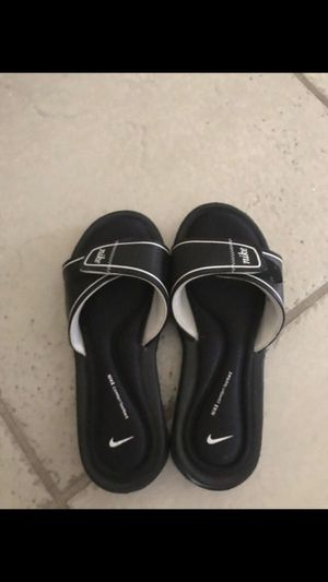 Women Nike slides for Sale in San Antonio, TX