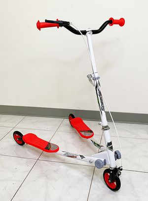 """New in box $55 each Kids Scooter Kick Swing Wiggle 3-Wheel Adjustable Height 30""""-36"""" for Girls & Boys 5+ Year Older for Sale in Whittier, CA"""