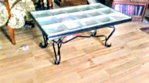 Coffee table for Sale in Nowata, OK