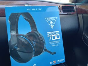 Ps4 turtle beach stealth 700 headset for Sale in Waynesville, MO