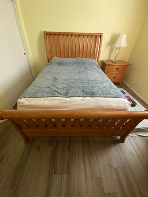 Queen Sized Bedroom Set for Sale in Avondale, AZ