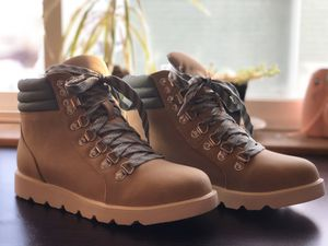 ~NEVER BEEN WORN~ size 5 ADVENTURE BOOTS AS SEEN ON INSTAGRAM for Sale in Bellingham, WA