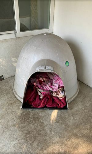 XL dog house for Sale in Hayward, CA