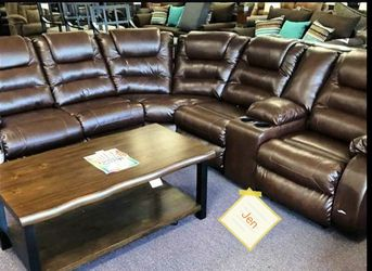 🚛🚚SAME DAY DELIVERY 🤟🤟ASHLEY Vacherie Chocolate Living Room Set 👎👎 for Sale in Greenbelt,  MD