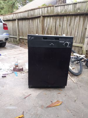 Frigidaire dishwasher. for Sale in Houston, TX