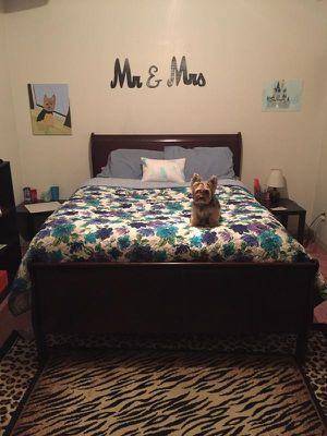 Sleigh queen size bed an night stand for Sale in Prattville, AL
