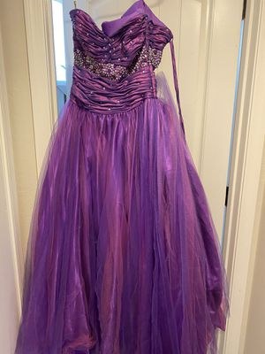 Purple prom dress for Sale in Gilbert, AZ