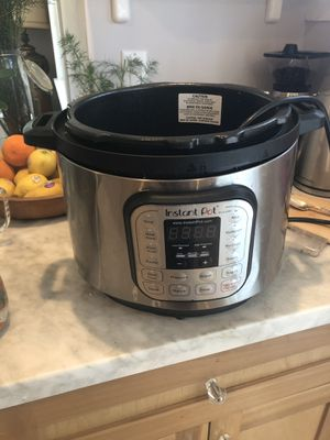 Instant Pot Duo 8 qt - BROKEN FOR PARTS for Sale in Los Angeles, CA