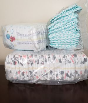 Diapers Size 3 Pampers &Huggies for Sale in Tukwila, WA