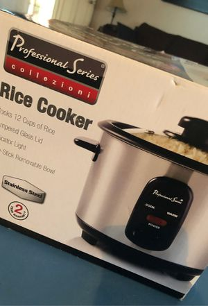 Rice cooker for Sale in Perris, CA