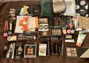 Large lot of Make up new for Sale in Lynnwood, WA