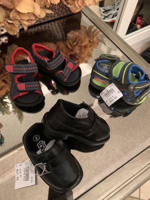 NWT Teeny Toes size 1 & 2 Rugged bear Sz 3 Converse high tops sz 5 for Sale in Orlando, FL