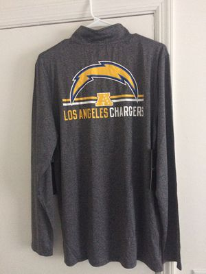 NWT Los Angeles Chargers Pullover long sleeve shirt for Sale in Tampa, FL