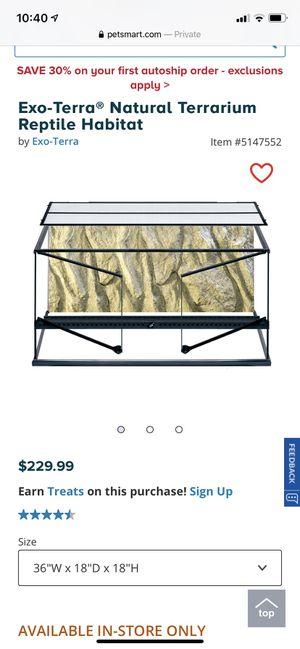 Front door reptiles tank for Sale in Fuquay-Varina, NC