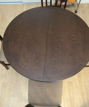 Walnut Kitchen Table (has an extender) for Sale in Las Vegas, NV