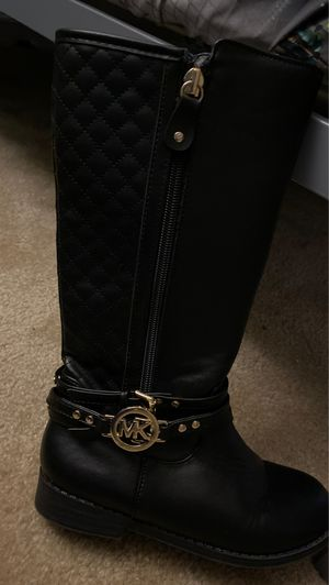 Girls Michael Kors Boots for Sale in Suffolk, VA