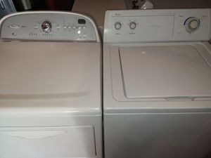 Whirlpool washer and dryer set for Sale in Carrollton, TX