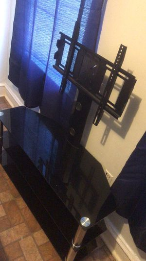 Mesa para tv for Sale in Yonkers, NY