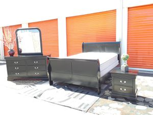 Beautiful queen size black bedroom set comes with plush mattress included 😴💤 for Sale in Tempe, AZ