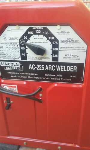 Lincoln stick welder practically new with extra long cables price is firm no lowballers please no trades for Sale in Rialto, CA