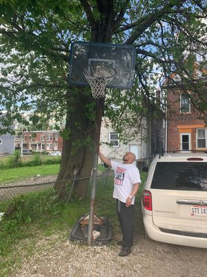 Adjustable Durable Basketball Hoop for Sale in Columbus, OH