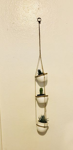 HAnging planter for 3 small succulents, made of plastic & rope. NEW! for Sale in Houston, TX