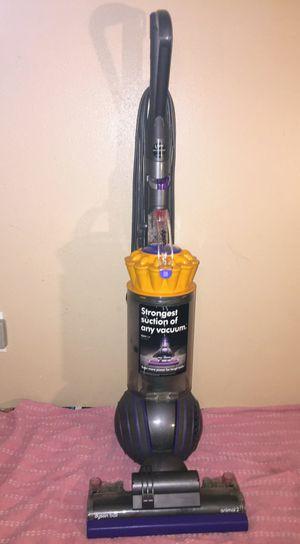 Dyson vacuum for Sale in San Bernardino, CA