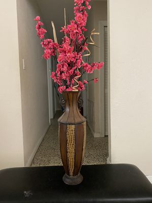 Artificial plant home decor for Sale in Port St. Lucie, FL