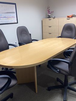 "90"" X 43"" ""racetrack"" Oval Conference Table. 2 ""V"" Shaped Legs. Indiana Furniture, Solid Wood,Clear Maple Finish. 8 Adjustable Chairs INCLUDED! for Sale in Arlington,  VA"