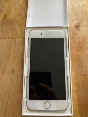 iPhone 8 brand new unlocked for Sale in Chicago, IL
