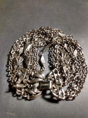 Vintage Lisner Bracelet for Sale in Tempe, AZ