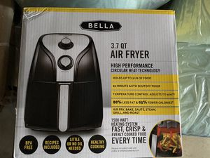 Bella 3.7 Qt AIR FRYER New for Sale in Baldwin Park, CA