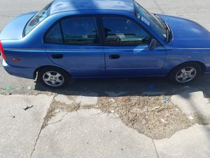 Hyundai accent for Sale in Darby, PA