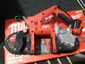 Milwaukee 18V cordless Band saw for Sale in Silver Spring, MD
