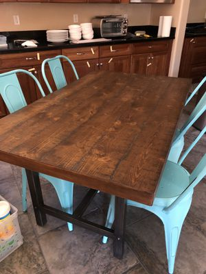 Dining table and retro metal chairs for Sale in Phoenix, AZ
