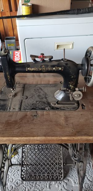 Antique sewing machine for Sale in Vacaville, CA