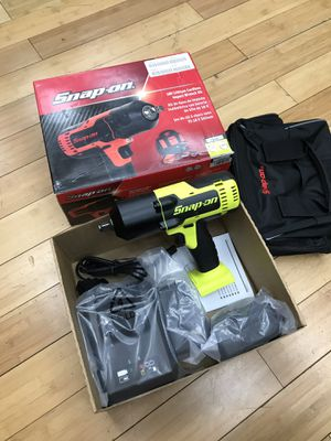 """Snap On 1/2"""" Impact Wrench Kit CT8850HV for Sale in Framingham, MA"""
